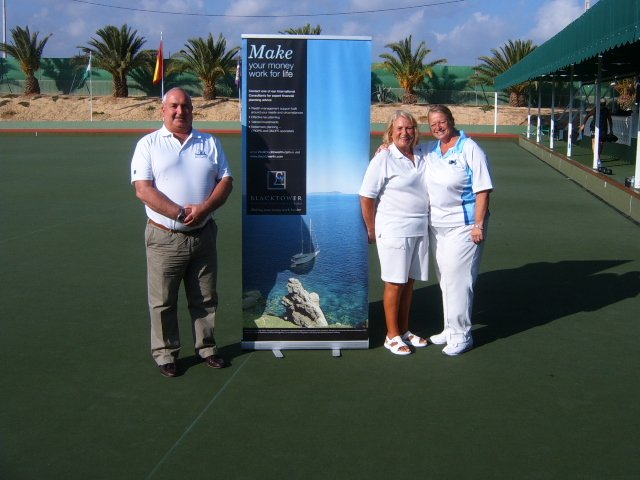 Ladies Singles Finalists E.More and G Gilkes