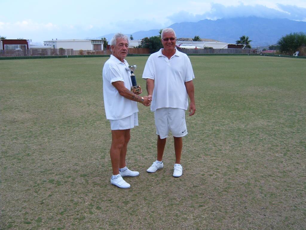 non-winners-cup-2010-finalists-eddie-donley-and-wayne-roberts.jpg