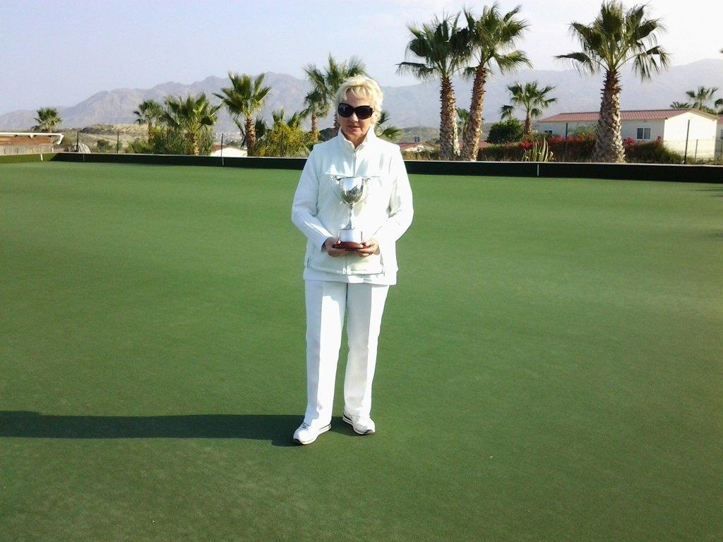 CALB-Ladies-Singles-Winner-Mo-DeBoer-s