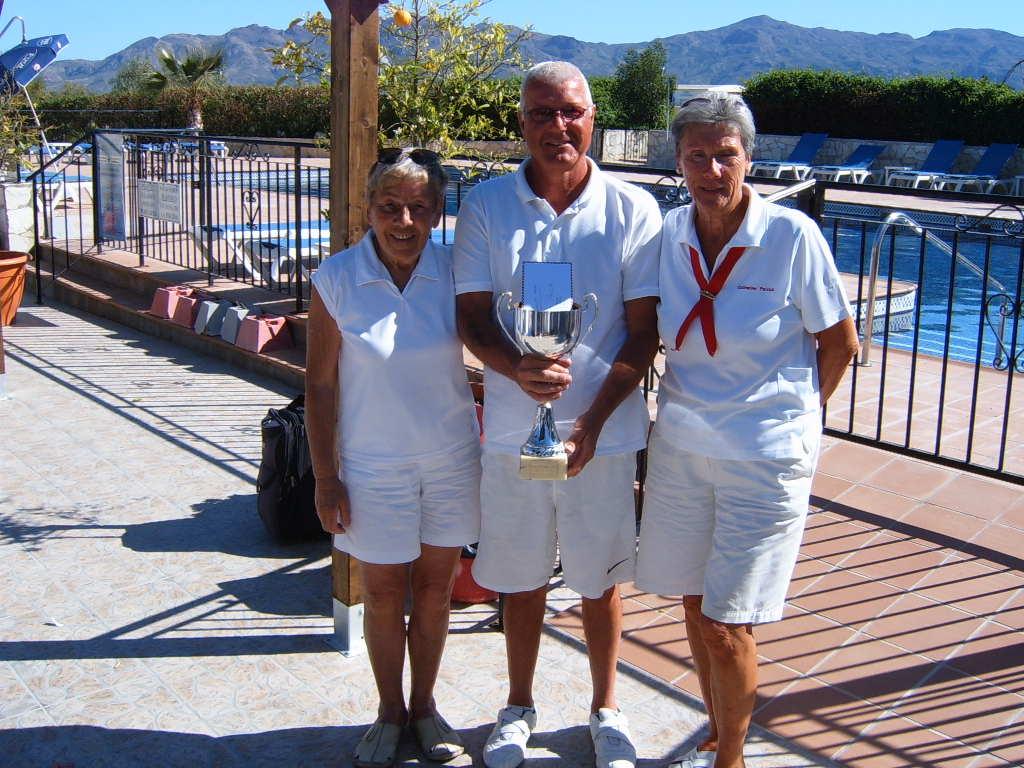 2011-millennium-trophy-winners-peggy-pinnwayne-robertscatherine-patrick.jpg