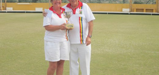 Winners Christine Parkinson and Reg Birmingham